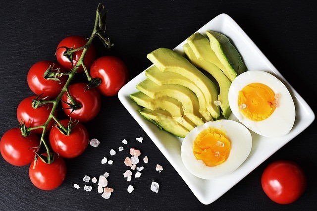 The Difference Between Low Carb and Keto Diet